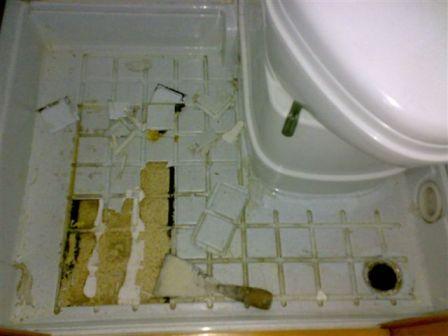 Una soluzione definitiva per il bagno - Rifare il bagno del camper ...