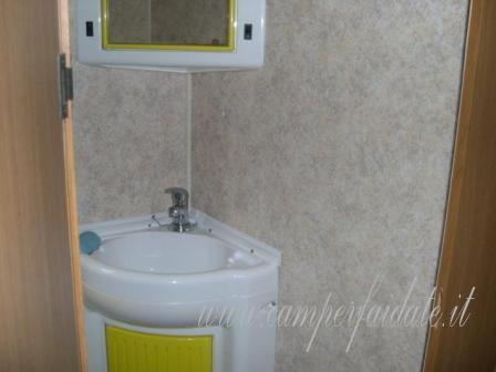 Il piatto doccia lo riparo da solo - Posa piatto doccia prima o dopo piastrelle ...