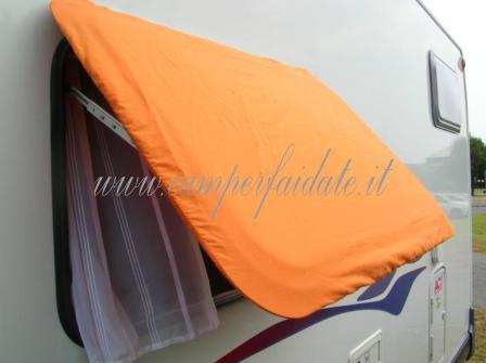 Funzionale tenda da sole per finestre for Tende da sole fai da te