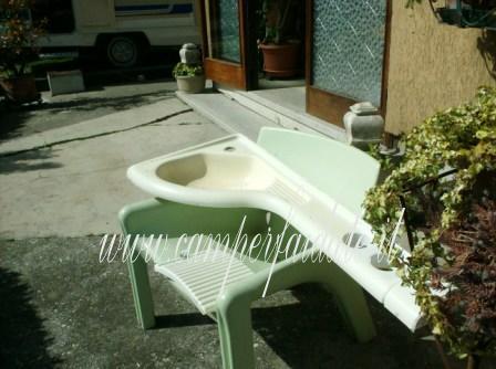Riverniciare il bagno - Lavandino bagno camper ...