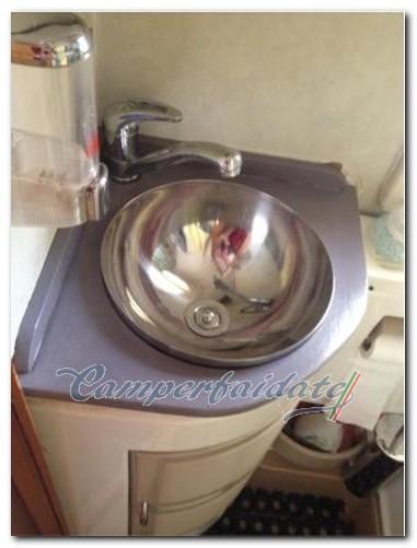 http://www.camperfaidate.it/images/stories/faidateh/A16/costruzione-lavandino/lcostruzione-lavabo-completo-07-camperfaidate.jpg
