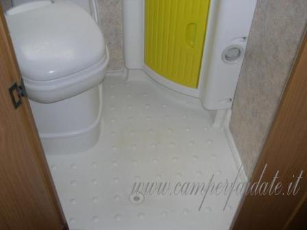 Riparazione Vasca Da Bagno Vetroresina : Il piatto doccia lo riparo da solo