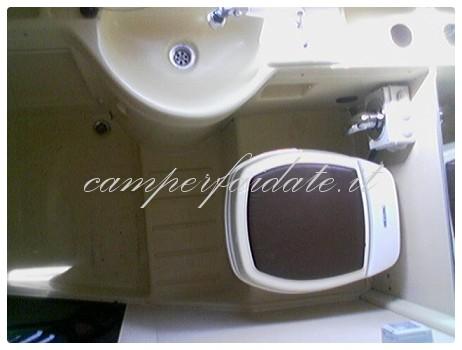 https://www.camperfaidate.it/images/stories/faidateh/A11/rifatto-bagno/bag09-Camperfaidate.jpg