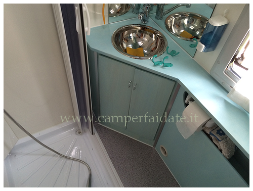 https://www.camperfaidate.it/images/stories/faidateh/A15/rifacimento-bagno/rifacimento-bagno-%207-camperfaidate.it.png